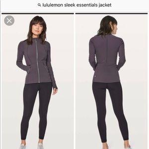 Lululemon sleek essentials jacket sz 2 boysenberry
